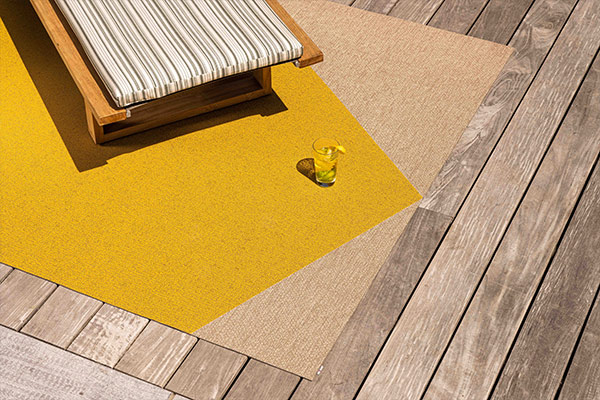 Woven vinyle rugs for indoor and outdoor
